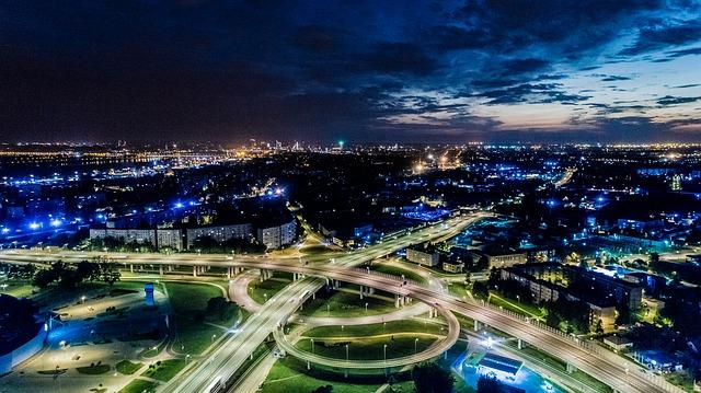 letecký pohled v noci.jpg